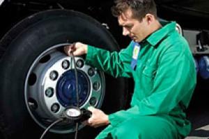 Как правильно ухаживать за грузовыми шинами?